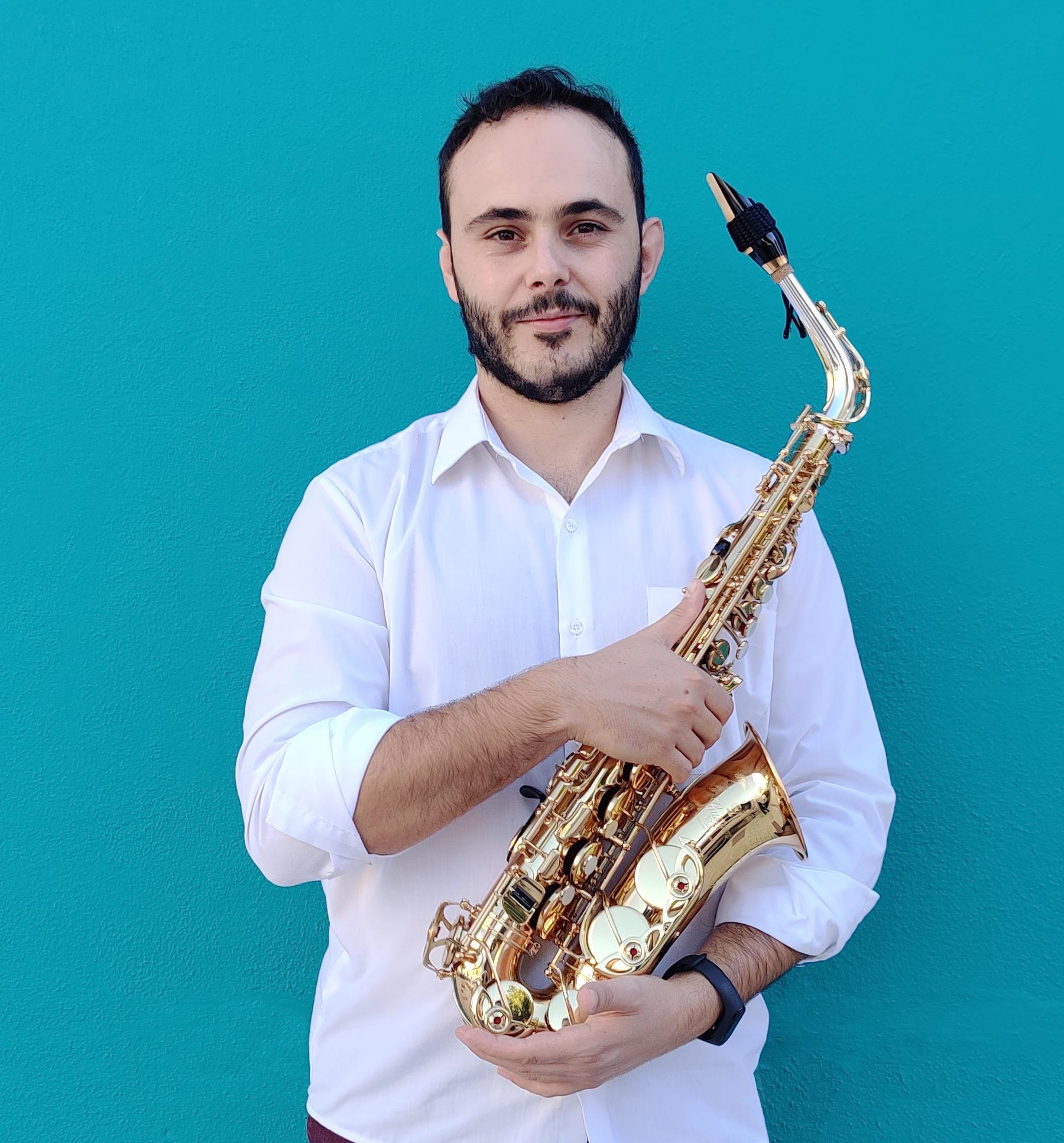Adrian-Ruiz-Sánchez-profesor triarte